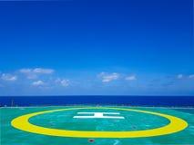 Zielony na morzu helideck Fotografia Royalty Free