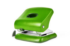 Zielony nowy biuro papieru dziury puncher odizolowywający na białym tle Zdjęcie Stock
