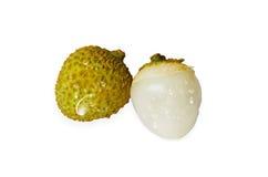 Zielony obierania litchi z kroplą odizolowywającą na białym tle Zdjęcia Royalty Free
