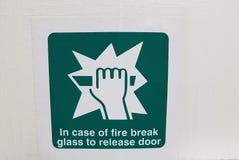 Zielony ogienia znak obrazy stock