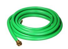 Zielony ogrodowy hosepipe odizolowywający na bielu Zdjęcie Stock