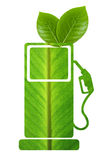 Zielony paliwo z liśćmi Zdjęcia Stock