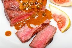 Zielony peppercorn wołowiny fileta mignon Fotografia Royalty Free