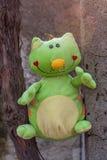 Zielony pluszowy kot Zdjęcie Royalty Free