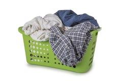 Zielony Pralniany kosz z odziewa Zdjęcie Stock
