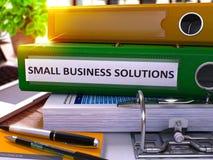 Zielony Ringowy segregator z Wpisowymi małych biznesów rozwiązaniami 3d Obraz Stock