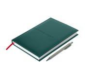 Zielony rzemienny dzienniczek z piórem na białym tle Zdjęcia Stock