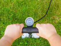 Zielony sposób Pompować powietrze Zdjęcie Royalty Free
