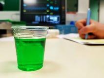 Zielony syrop zdjęcia stock