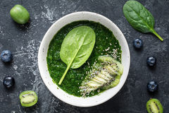 Zielony szpinaka superfood smoothie Zdjęcie Stock