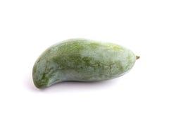 Zielony Tajlandzki mango odizolowywający na białym tle Obraz Stock