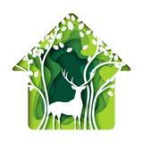 Zielony utrzymanie dom z jelenią i drzewną abstrakta papieru sztuką Fotografia Stock