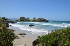 Zielony zlewać z błękitem morze fotografia royalty free