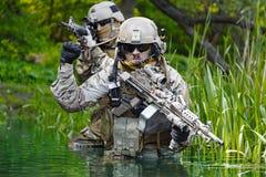 Zielonych beretów żołnierze w akci Zdjęcie Royalty Free