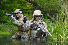 Zielonych beretów żołnierze w akci Zdjęcia Royalty Free
