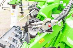 Zielonych maszyn prążkowany up na zewnątrz parka Obraz Stock