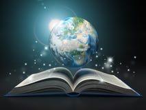 Ziemia i otwiera książkę Edukacja interneta e- 'uczenie pojęcie royalty ilustracja