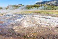 Ziemska powierzchnia w Haukadalur gorącej wiosny terenie Zdjęcie Stock