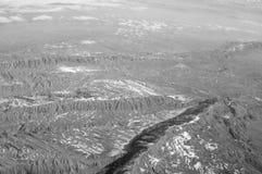 Ziemska powierzchnia, widok z lotu ptaka podróżomania i podróż duże krajobrazowe halne góry Środowisko ekologia i ochrona ochrani fotografia stock