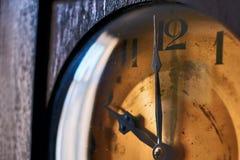 Zifferblatt der großväterlichen Uhr der Weinlese Lizenzfreies Stockbild