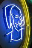 Zig Zag -Mensenembleem op een neonteken royalty-vrije stock afbeeldingen