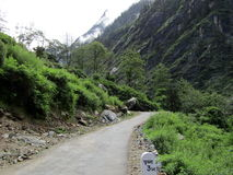 Zig Zag -Straße im Himalaja, Indien Stockfotografie