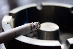 Zigarette lizenzfreies stockfoto