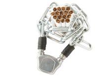 Zigarette und Ketten stockbild