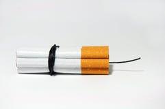Zigaretten-Bombe   auf Weiß Stockbilder