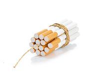 Zigaretten gebunden mit Seil und Ölerfilz lizenzfreie stockbilder