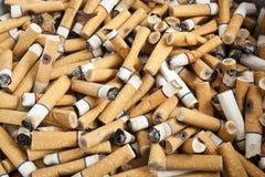 Zigarettenkippen Stockfotografie