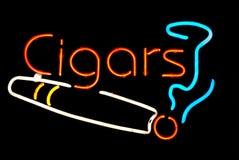 Zigarre-Neonzeichen Lizenzfreies Stockfoto