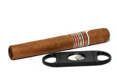 Zigarre und Zigarrenabschneider Lizenzfreies Stockfoto