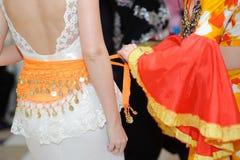 Zigenskt bälte på brud Fotografering för Bildbyråer