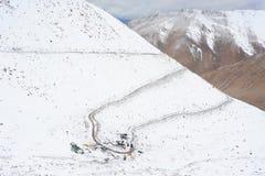 Zigzag road to Chanla Pass and Pangong Lake Royalty Free Stock Photos