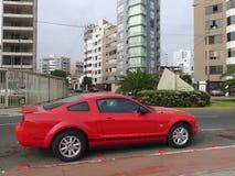Zijaanzicht van de Verjaardagsuitgave van Ford Mustang vijfenveertigste Royalty-vrije Stock Fotografie