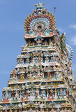Zijaanzicht van Gopuram bij Mahalingeswarar-Tempel, Dhaksinamurthy Stock Fotografie