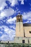 Zijaanzicht van Santo Domingo Church in Oaxaca stock foto