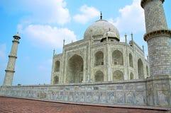 Zijaanzicht van Taj Mahal Royalty-vrije Stock Fotografie