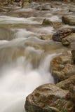 Zijdeachtig vlot koel water royalty-vrije stock afbeeldingen