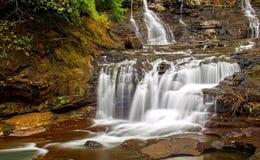 Zijdeachtige Waterval Stock Afbeeldingen