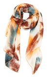 Zijdesjaal op een witte achtergrond Royalty-vrije Stock Foto's