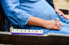 Zijn een Aankondiging van de Meisjesgeboorte Stock Foto's