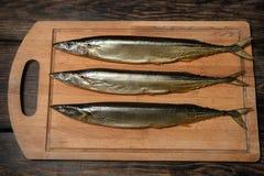Zijn verse gerookte vissen Stock Afbeeldingen