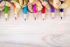 Zijnd creatief met potloden en potloodspaanders Royalty-vrije Stock Afbeeldingen