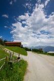 zillertal奥地利的路 免版税库存图片