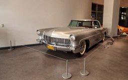 Zilver 1957 Lincoln Continental Mark II Stock Foto