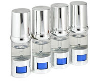 Zilverachtige ampullen, kleine flessen, medische of kosmetische benoeming Royalty-vrije Stock Foto's