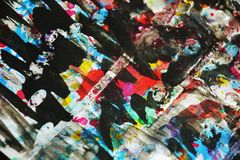 Zilverachtige donkere vage kleuren, contrasten, wasachtige creatieve achtergrond royalty-vrije stock afbeelding