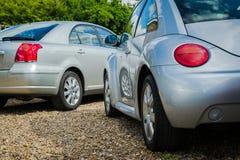 Zilveren auto's Royalty-vrije Stock Afbeelding